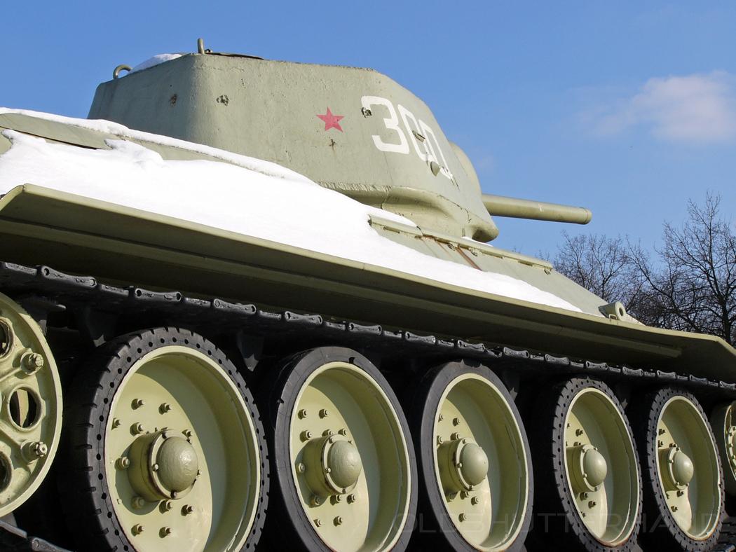 T 34 …