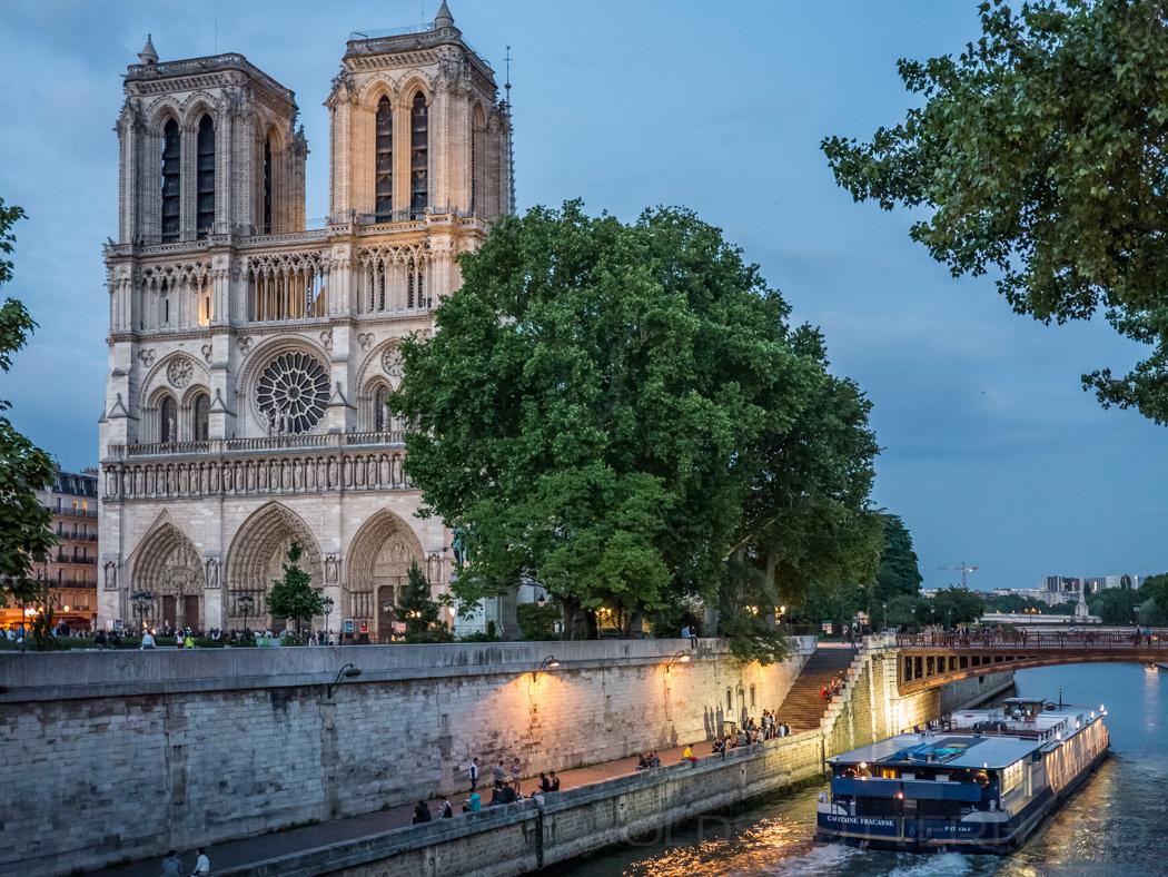 Notre-Dame …