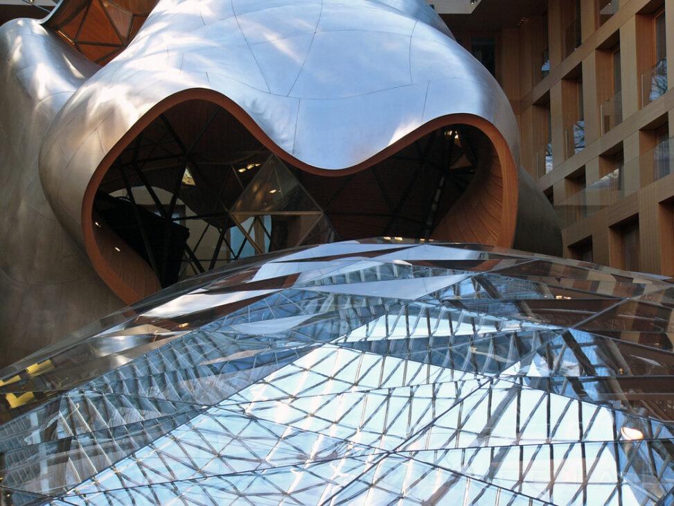 Tagungssal von O.Gehry in der Volksbank