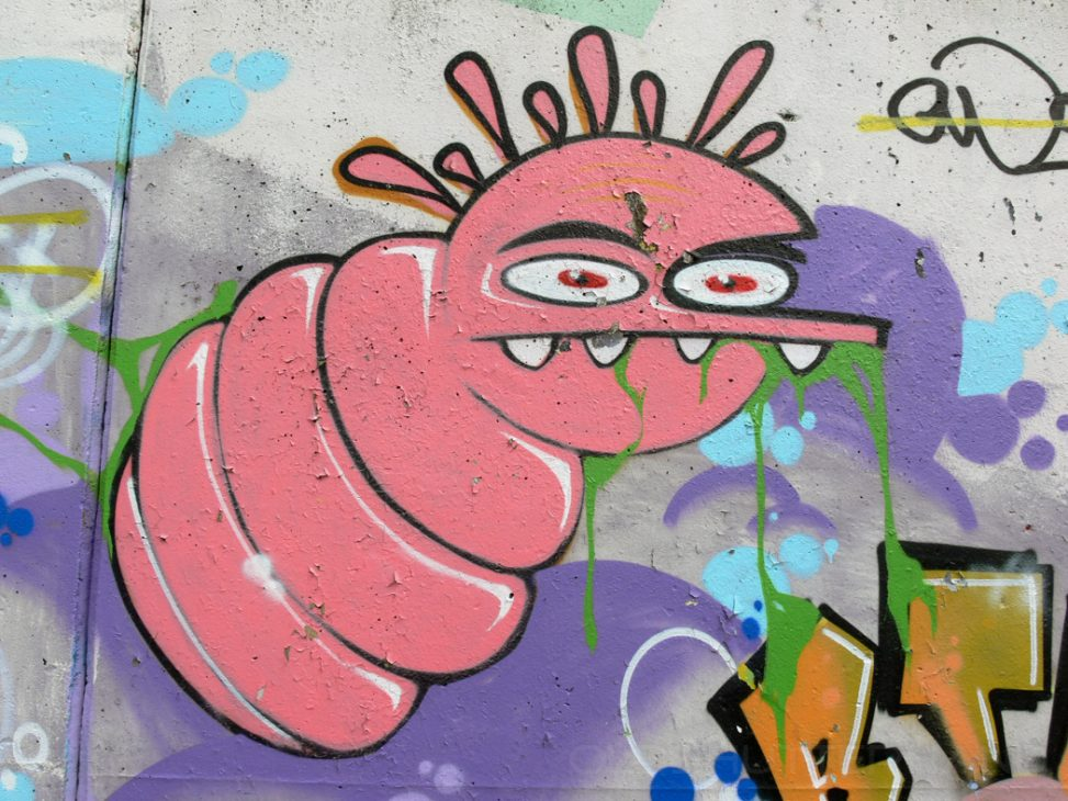 Graffity an der Kraftwerksmauer