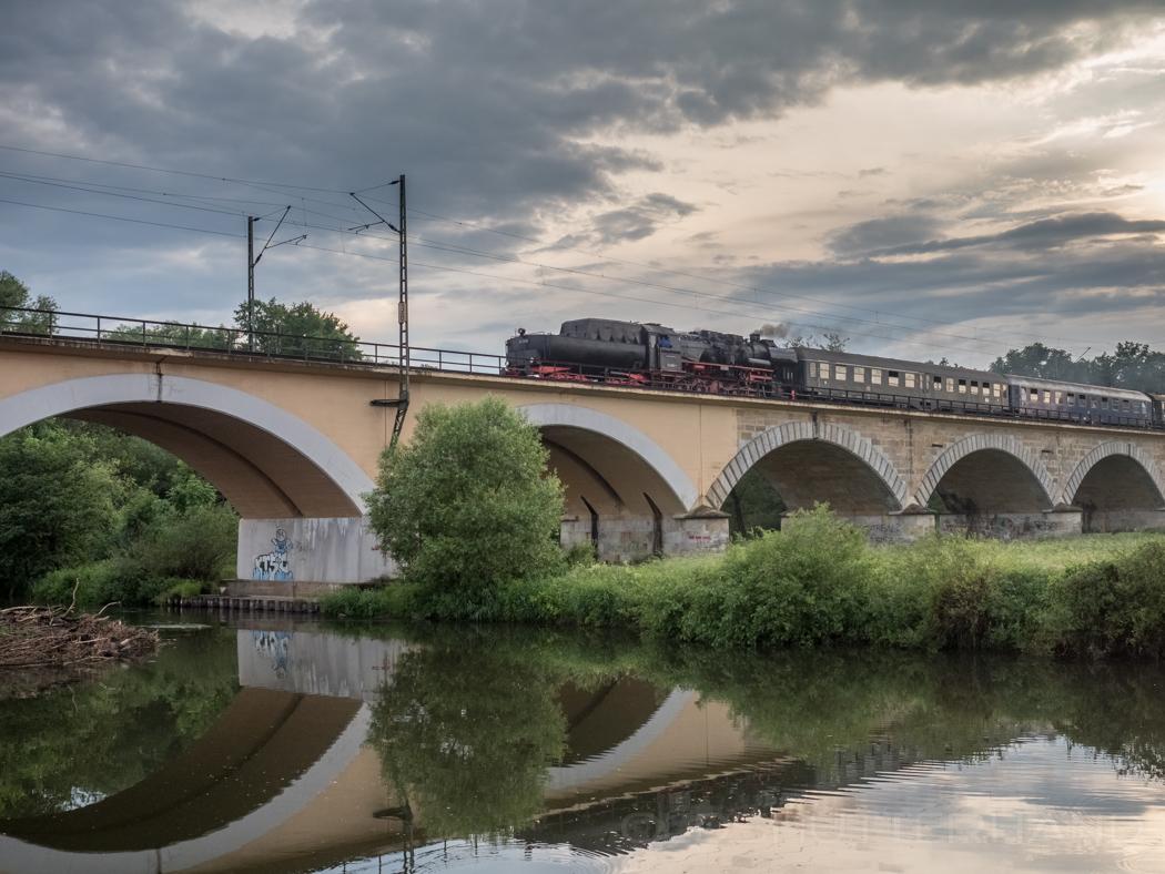 Eisenbahnbrücke Hallstadt