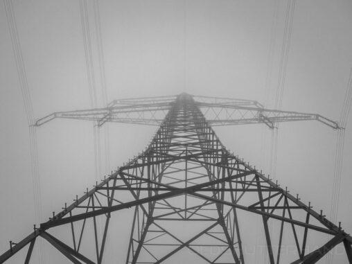 Strommast bei Teuchatz