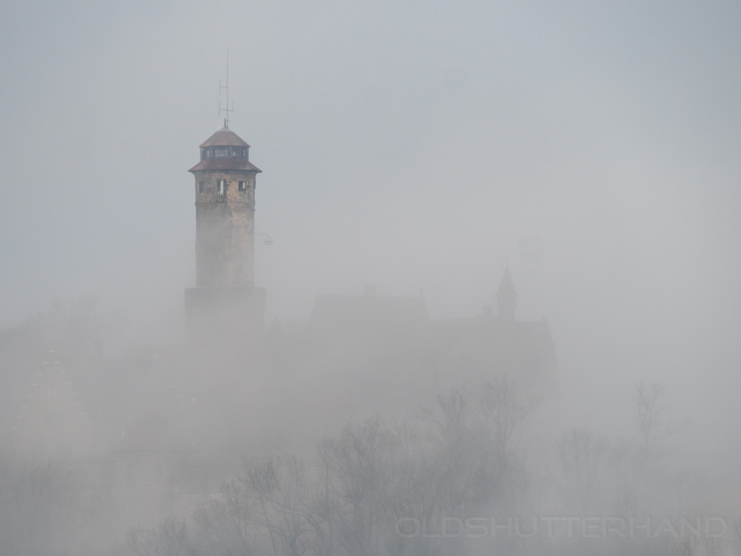 Altenburg im Nebel