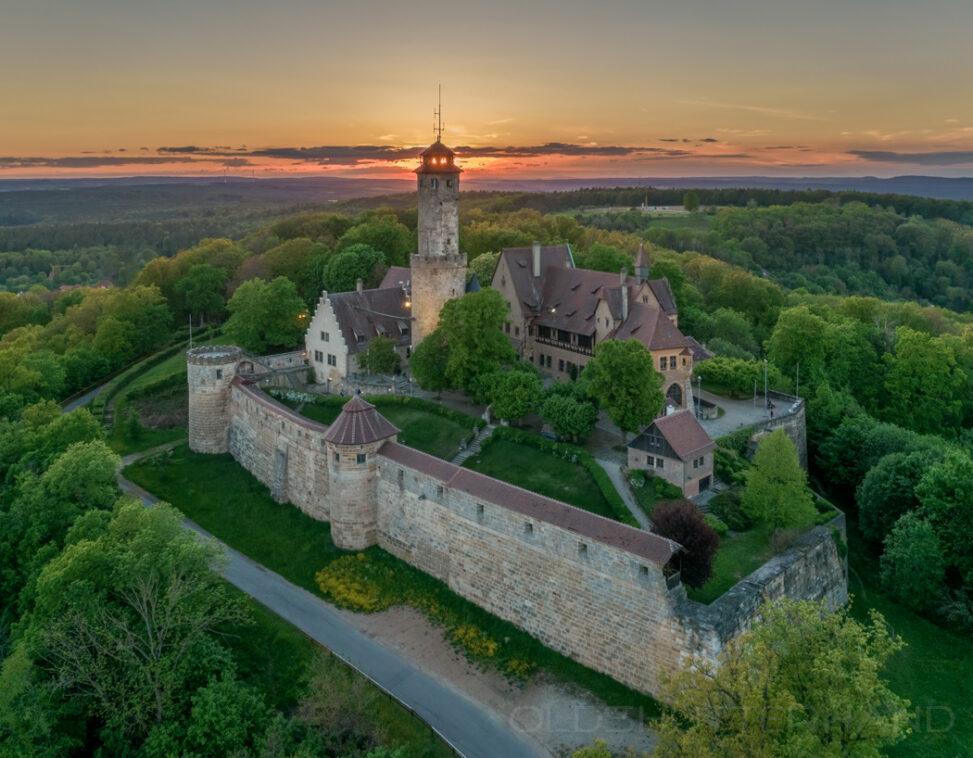 Sonnenuntergang mit Altenburg